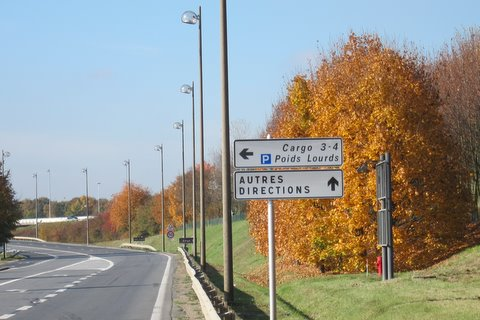 Cycle route for Charles Degaulle Airport